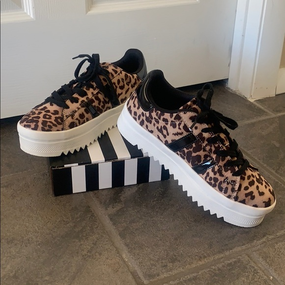 Wild Diva Shoes   Brand New Leopard